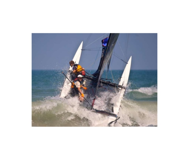 long-distance-beach-catamaran-racing-10-638